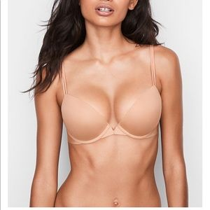 VICTORIA'S SECRET Illusion plundge bra